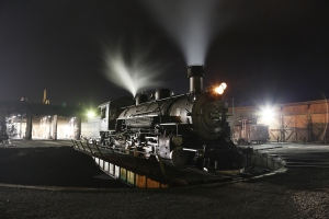 Night time photo session at the D&SNG RR yard